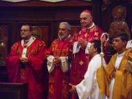Il cardinale Comastri concelebra la liturgia con monsignor Valentinetti