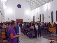 I tanti giovani presenti alla  veglia missionaria diocesana