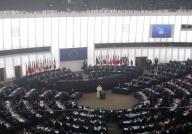 Gli europarlamentari ascoltano il discorso del Papa