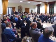 I fedeli presenti alla conferenza