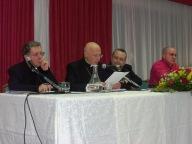 Il cardinal Bagnasco con Mons. Valentinetti e Mons. Santoro