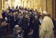 Papa Francesco incontra gli esponenti della società civile nella chiesa di San Francisco