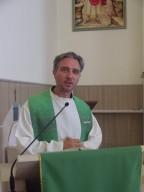 don Domenico Di Pietropaolo, direttore della Pastorale Giovanile pescarese