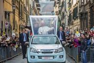 L'arrivo di Papa Francesco a Firenze