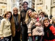Una famiglia presente alla  Santa messa di Papa Francesco