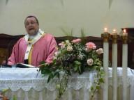 L'arcivescovo pronuncia l'omelia nella Cattedrale di San Cetteo