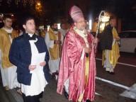 La processione cittadina guidata dall'arcivescovo