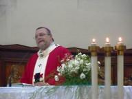 L'arcivescovo Valentinetti, presiede il rito