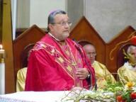 L'arcivescovo Valentinetti accoglie e saluta il cardinale Romeo