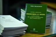 """Alcune copie della lettera apostolica """"Misericordia et misera"""""""