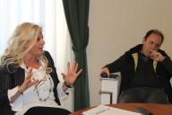 L'assessore Antonella Allegrino con il direttore della Fondazione Caritas don   Marco Pagniello