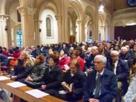 Fedeli e religiosi presenti nel Santuario della Divina Misericordia